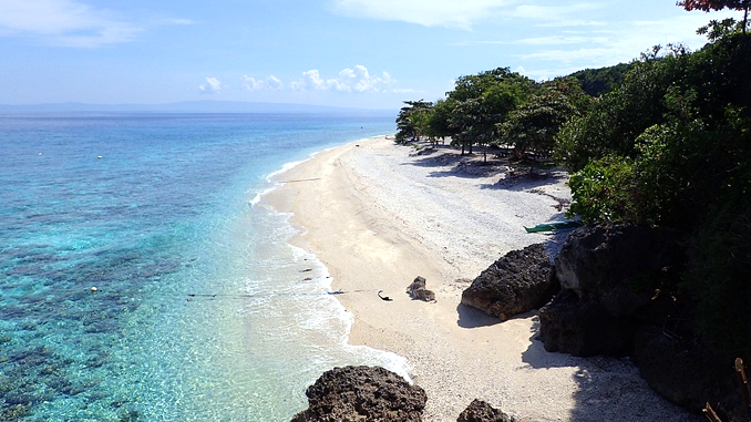 The Top 10 Islands of the Philippines According to a 'Random Stranger'