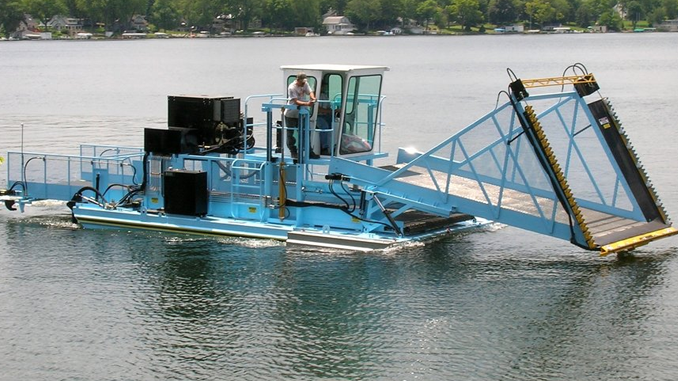 A WEED HARVESTER FOR THE WATER