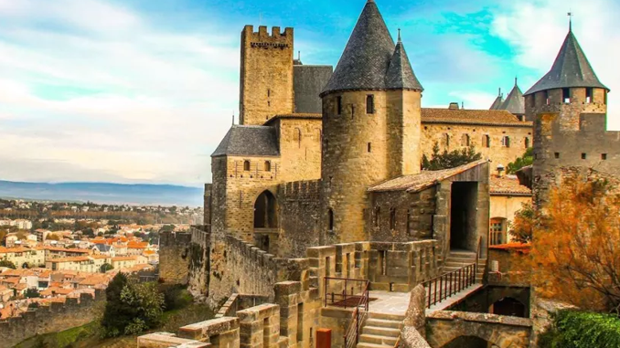 CARCASSONNE: JOURNEY BACK IN TIME