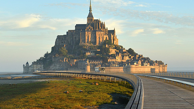 MONT-SAINT-MICHEL: JOURNEY BACK TO THE MIDDLE AGES