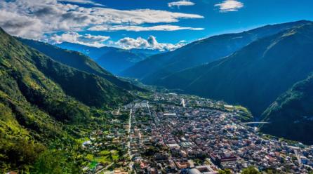 ECUADOR'S ADVENTURE CAPITAL