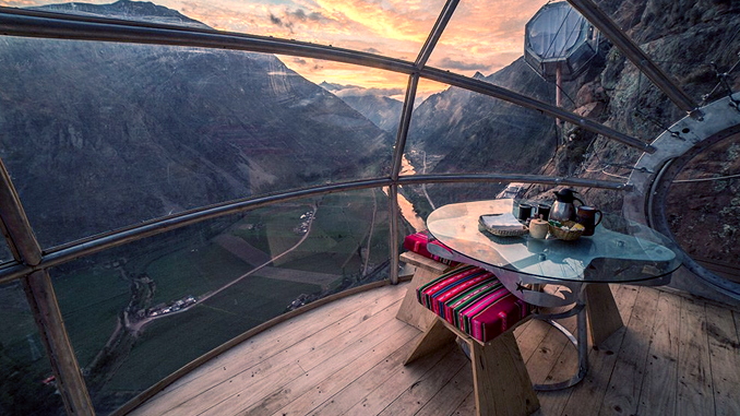 LODGING IN THE SKY