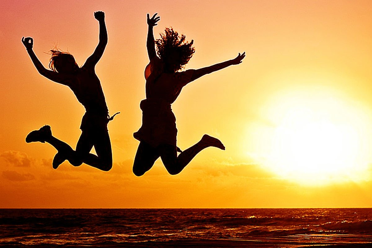 THE 7 SECRETS OF LIVING UP TO 100